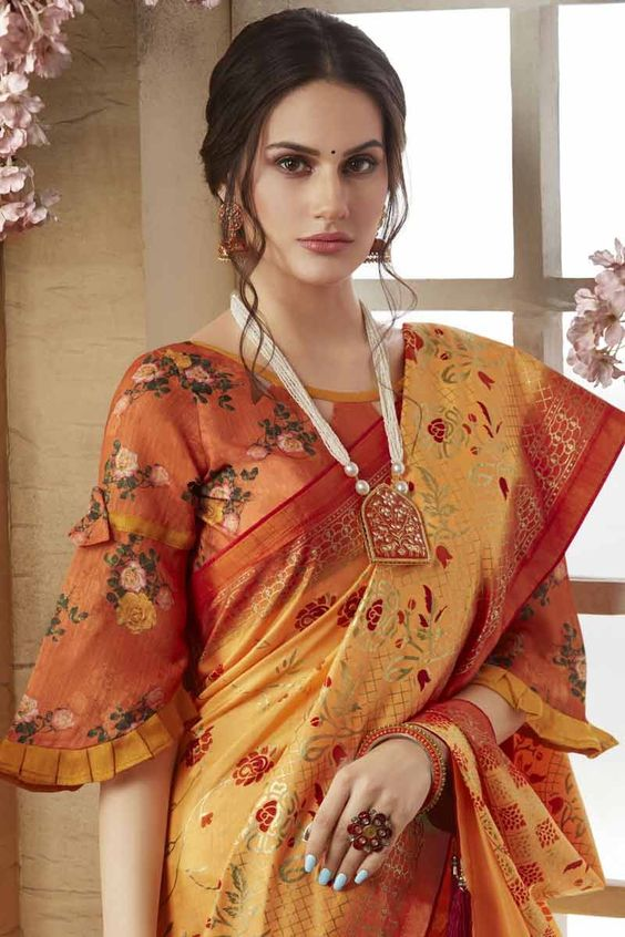 slimming design bluze saree